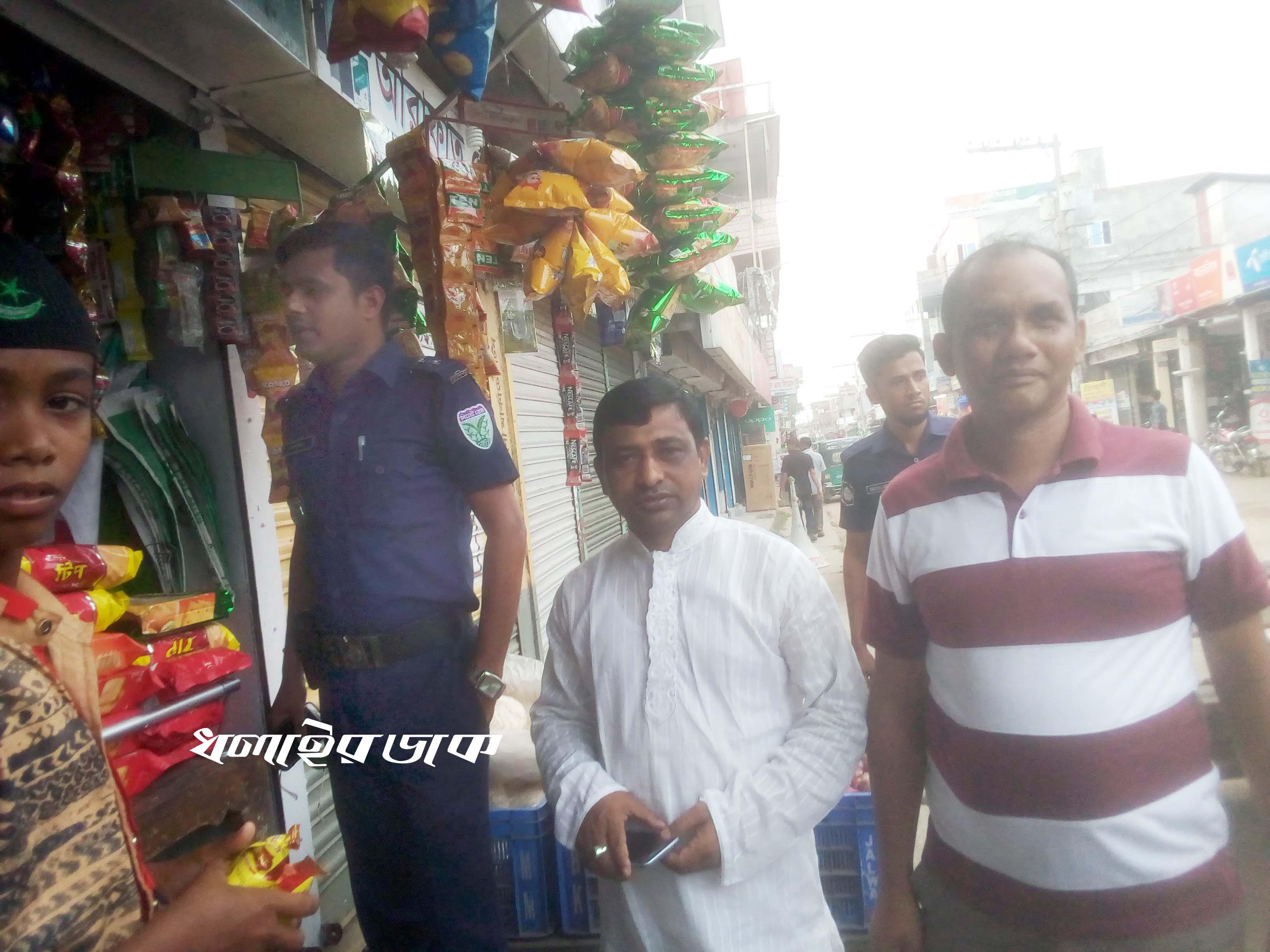 কমলগঞ্জে বাজার মনিটরিং করতে পুলিশ-ব্যবসায়ী নেতৃবৃন্দ