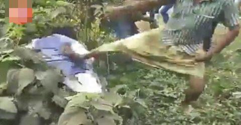 বেধড়ক মারধরের শিকার বিজেপি নেতা (ভিডিও)