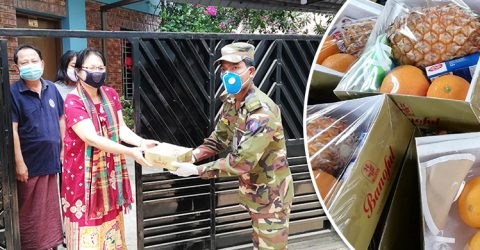 হোম কোয়ারেন্টাইনদের বাড়িতে ফলমূল পাঠাচ্ছে সেনাবাহিনী
